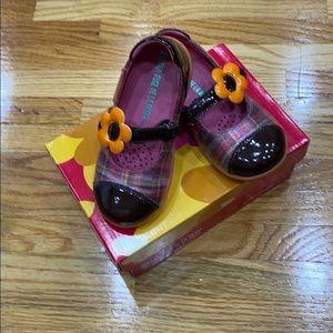 Agatha Ruiz De La Prada shoes( size 25)